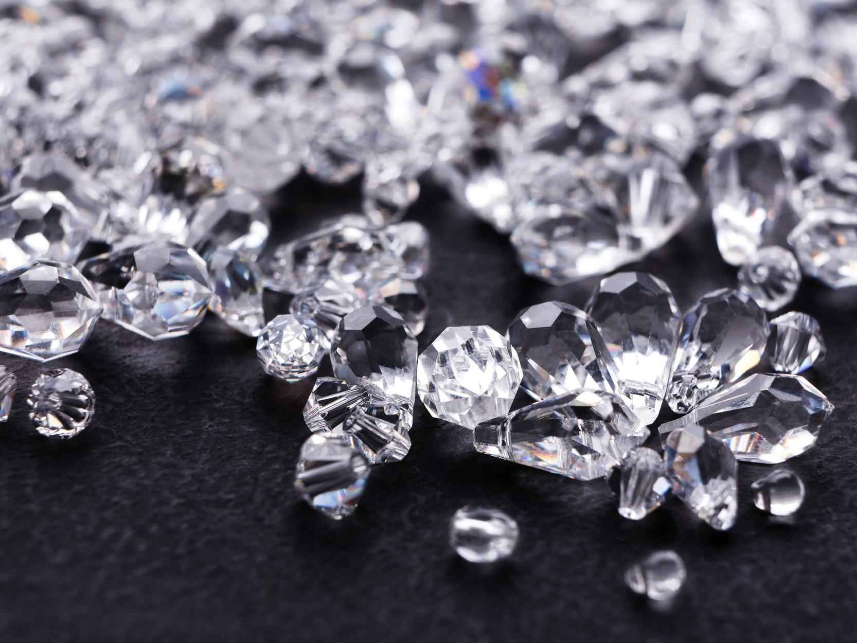 5 điều bạn cần biết trước khi mua bán kim cương