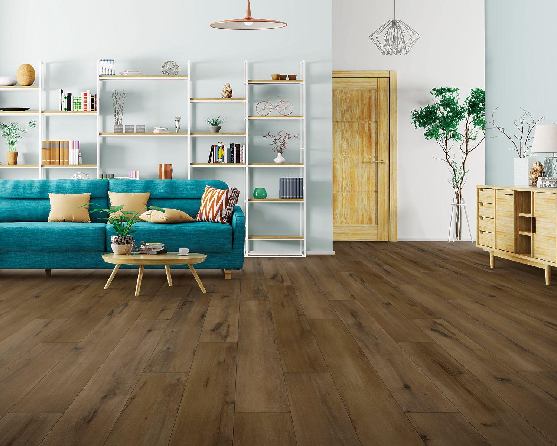 Sàn gỗ công nghiệp được làm từ gỗ ép nên chũng bền hơn và nhỉnh hơn