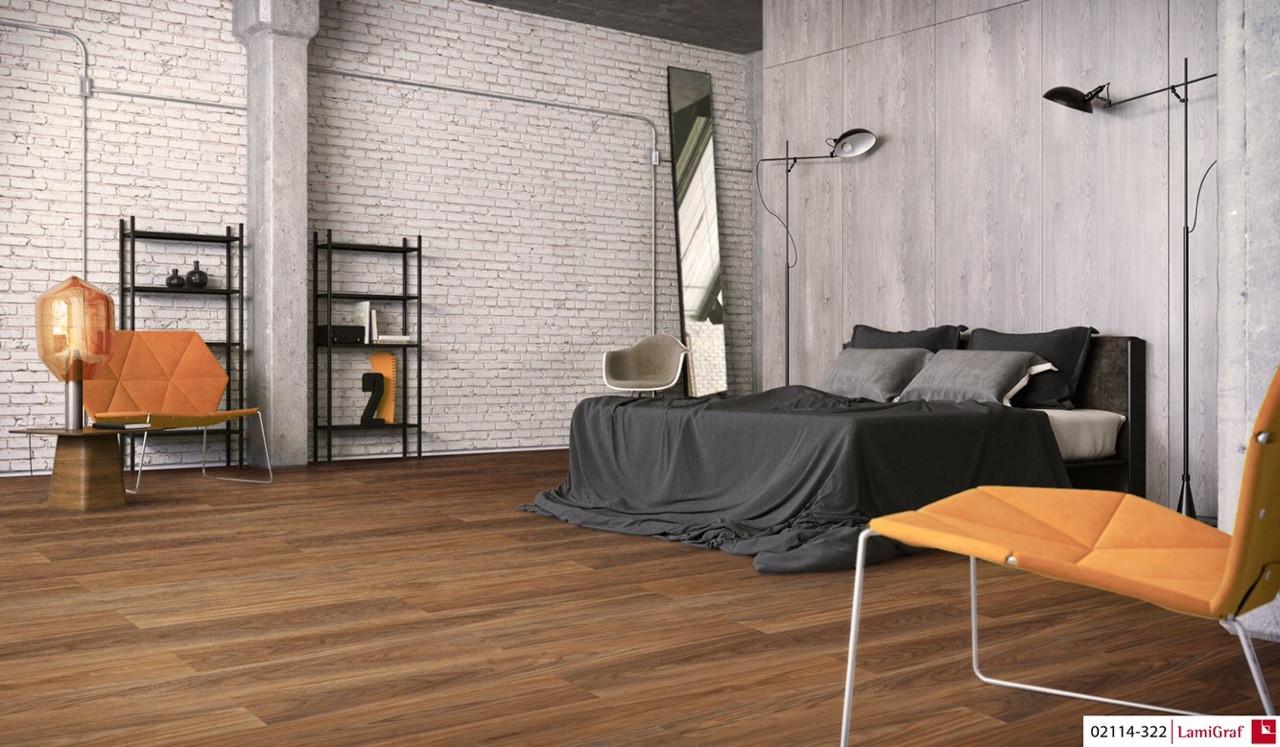 Cả sàn gỗ tự nhiên lẫn sàn gỗ công nghiệp đều có những ưu - nhược điểm riêng