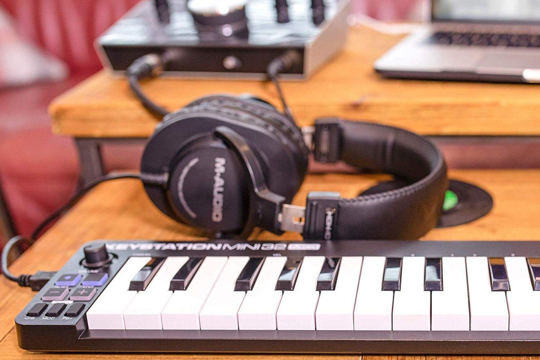 8 bộ điều khiển MIDI Controller cho phòng thu cá nhân